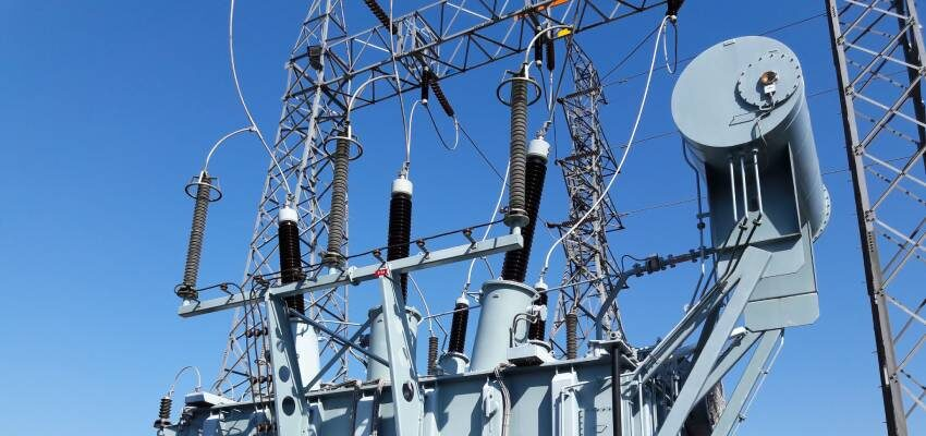 Retrofitting of a 420 kV draw-lead type bushing with a draw-rod type – Part I