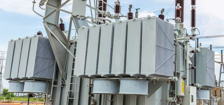 Insulating liquid properties impacting transformer performance